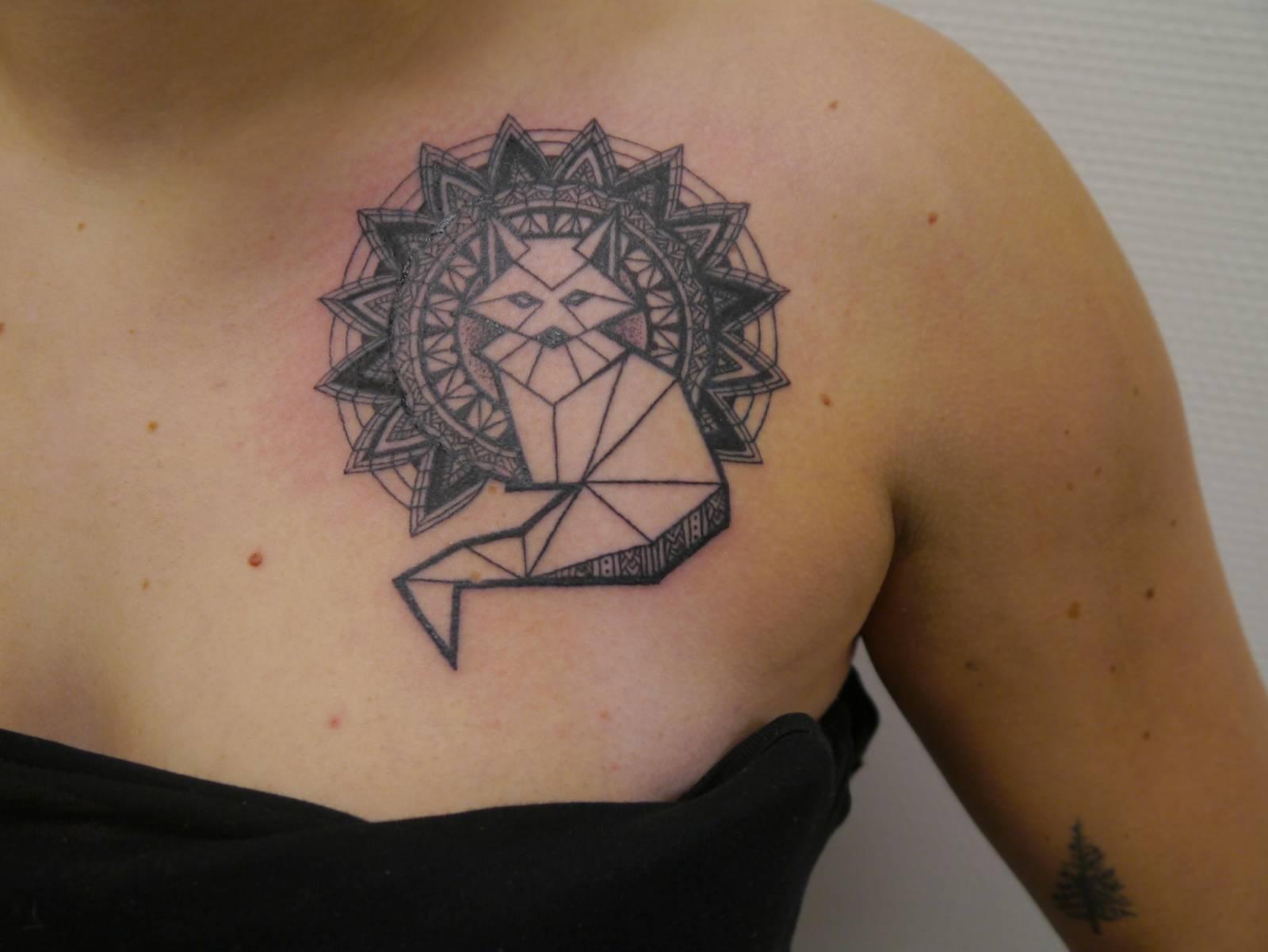 les tatouages mandala chez pique à coeur ink bordeaux - salon de
